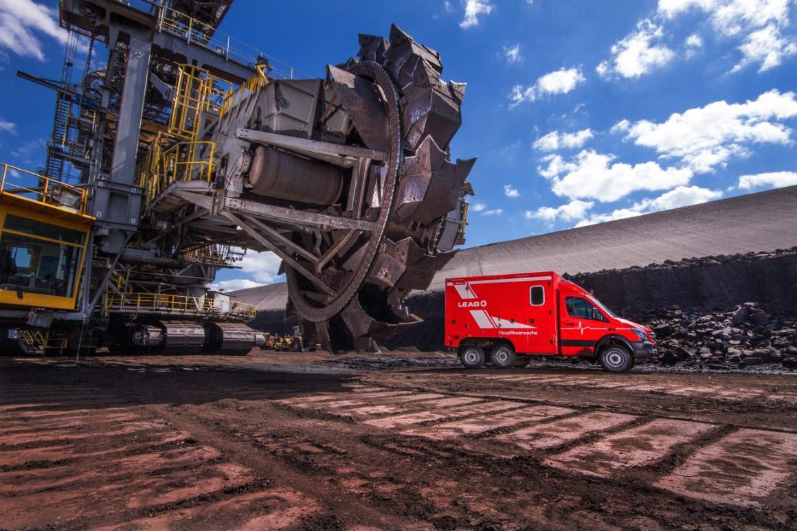 BINZ RTW 6x6 im Tagebau